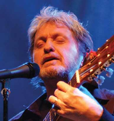 Jon Anderson (formerly of Yes) performs on Drinking From Puddles !!